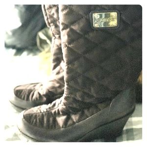 New Guess Quillan quilted wedge boot brown 9
